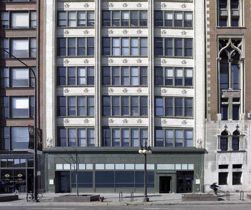 Louis Sullivan Storefront Renovation at the Gage Building Block